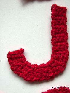 Free Crochet Letters with Instruction   The Moogly Crochet Alphabet - free patterns! #crochet