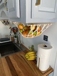 Cuisines Design, Küchen Design, Creative Design, Home Organization, Small Kitchen Organization, Small Kitchen Storage, Extra Storage, Home Projects, Home Kitchens