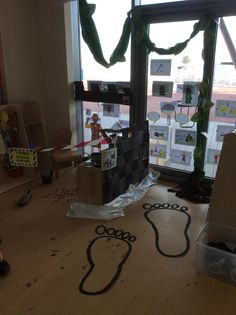 Jack and the beanstalk Giants castle crime scene role play area EYFS