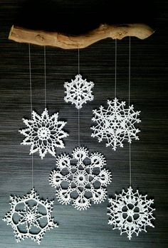 Set of 6 hand-crocheted snowflakes. All 6 snowflakes have a diameter of 8 cm. Crochet Christmas Decorations, Christmas Ornaments To Make, Xmas Crafts, Xmas Decorations, Christmas Diy, Crochet Snowflake Pattern, Christmas Crochet Patterns, Crochet Snowflakes, Crochet Flower Patterns