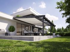 Conservatory awnings from markilux for classic and roofs that have been rolled off. Outdoor Pergola, Backyard Patio, Outdoor Decor, Pergola Designs, Patio Design, Store Veranda, Modern Villa Design, Patio Shade, Hip Roof