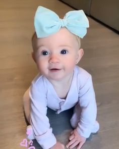 Posie my adorable little baby😘 Cute Little Baby, Cute Baby Girl, Little Babies, Little Girls, Baby Kids, Cole And Savannah, Savannah Chat, Sav And Cole, Everleigh Rose