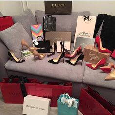 fashion shoes A style luxury high heels chanel louboutins valentino Gucci Manolo Blahnik Tiffany & Co. Manolo Blahnik, Gucci, High Heels, Shoes Heels, Sexy Heels, Pink Shoes, Stilettos, Luxury Lifestyle Women, Swagg
