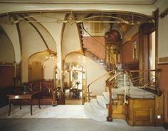"""De """"must"""" van Brussel, wandeling langs de huizen van Horta. Art-Nouveau.."""