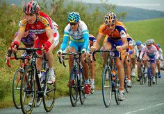 Geraint Thomas riding in the Tour of Britain 2007, just outside Kendal.