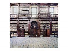 Candida Höfer, Biblioteca dei Girolamini Napoli IV