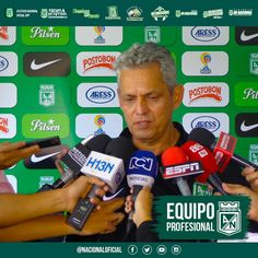 Reinaldo Rueda busca hacer historia en Nacional.  Por @jericgomezm www.facebook.com/Tiendatribunaverdeoficial/photos/a.339255726092528.86706.329063200445114/1050029818348445/?type=1&theater …