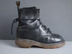 Dr Martens boots/DMs/Black ankle boots/goth door GoldDustInOurHands