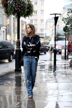 (via afterDRK - LONDON RAIN | afterDRK) www.fashionfortheforecast.com #style #inspiration #whattowear #london #weather #forecast #fashionforecast