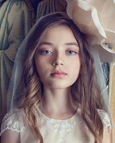 Portrait @april_fashion_photography @manor_house_spa @juliagastolatelier  @macaroniskids @supermama.moscow  @gbciscouts #campaign#ss17#dress#lookbook#portraitmood#style#russiangirl#topteen#tween#polishgirl#youngmodel#modelka#international#lichtkind#berlin#hamburg#beauty#fashion#fashionmodel#shoot#stunning#topkids#top#milano#highfashion#modellife#casting#photokids#italiangirl#la