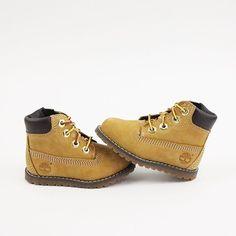 Mini Timberland boots.❤️
