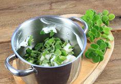 Spinach, Vegetables, Food, Syrup, Essen, Vegetable Recipes, Meals, Yemek, Veggies