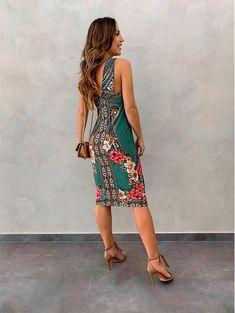 Como Fazer Short, Day Dresses, Summer Dresses, Pajamas, Dress Up, Vogue, Plus Size, Chic, Floral