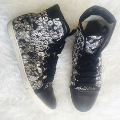Lanvin diamond print sneakers super rare diamond kicks , with leather captoe trim,back heels . In very good condition, lift scuffing at top sole , knot on both grosgrain laces. Size 40, US 9.5/10. No trades. Lanvin Shoes Sneakers