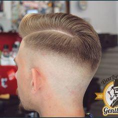 # Krzepice # Men # Barber # Polish # Skinfade # Choice # Reuzel # Uppercut # BarberShop # Men # K . Bowl Haircuts, Great Haircuts, Great Hairstyles, Haircuts For Men, Men's Haircuts, Smart Haircut, Long Hair Fade, Mens Summer Hairstyles, Style