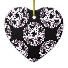 Pentacle extravagante do roxo e do branco ornamento de cerâmica coração