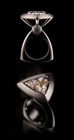 VLAD GLYNIN jewellery - Ring «Champagne», 2013. White gold, diamonds / Кольцо «Champagne», 2013 г. Белое золото, бриллианты / Anello «Champagne», 2013. Oro bianco, diamanti.