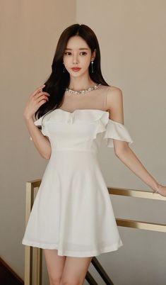 Korean Girl Fashion, Ulzzang Fashion, Cute Fashion, Asian Fashion, Look Fashion, Mode Outfits, Dress Outfits, Girl Outfits, Girls Fashion Clothes