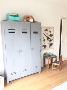 Lady Lemonade || Binnenkijken bij Finn Lemonade, Lockers, Locker Storage, Room Decor, Pure Products, Cabinet, Lady, Inspiration, Furniture