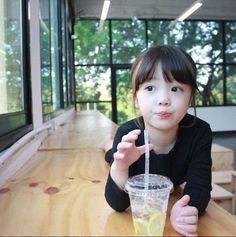 Cute Asian Babies, Korean Babies, Asian Kids, Cute Babies, Cute Little Baby, Baby Love, Little Girls, Ulzzang Kids, Ulzzang Korean Girl