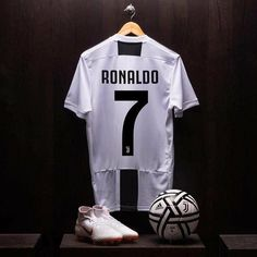 Cristiano Ronaldo Juventus Wallpapers FREE Pictures on GreePX Cristiano Ronaldo And Messi, Cristiano Ronaldo Wallpapers, Messi And Neymar, Ronaldo Football, Cr7 Ronaldo, Football Soccer, Juventus Wallpapers, Cr7 Juventus, Chemises