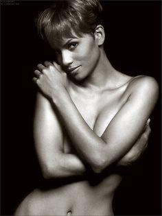 Cinema spettacolo fotografia danza e altro — Halle Berry