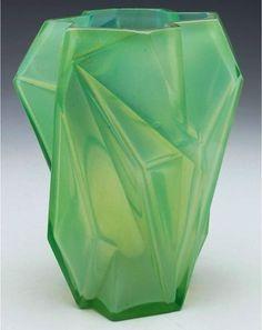 Glass Green Ruba Rombic Vase ca. 1928. Reuben Haley (American, 1872–1933)