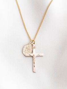 gold filled virgin mary and crucifix necklace - perfect for everyday wear without tarnishing. AND they're affordable. Find more at Simple & Dainty! Emerald Jewelry, Boho Jewelry, Silver Jewelry, Fine Jewelry, Jewellery, Silver Bracelets, Diamond Jewelry, Jewelry Rings, Gold Choker Necklace