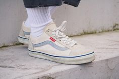 vans, white, and aesthetic image Looks Style, My Style, Look Fashion, Mens Fashion, Streetwear, Doja Cat, Oui Oui, Sock Shoes, Shoe Game