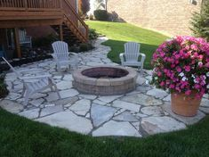 Outdoor Fire Pits and Fire Pit Safety Canadian Flagstone patio and firepit. By Design and Creation by Frank Spiker and All Natural Landscapes. Fire Pit Seating, Fire Pit Area, Diy Fire Pit, Fire Pit Backyard, Backyard Patio, Backyard Seating, Backyard Ideas, Large Backyard, Seating Areas