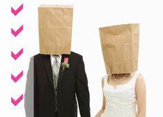 Hier findet ihr eine Liste für das Notfallset zur Hochzeit für die Braut und den Bräutigam. Die Liste für die Hochzeitsgäste findet ihr in unserem Ratgeber.