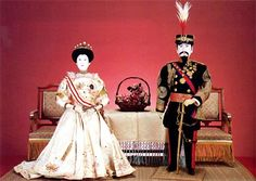Japanese Dolls and the Imperial Image - Antique Japanese Dolls