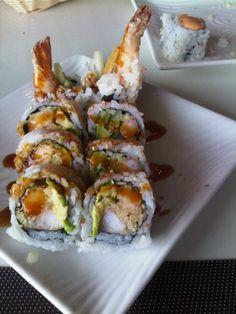 I love sushi for lunch dates! tempura shimp sushi roll.