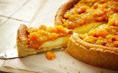 Vaniljpaj med b& - Recept - Arla Sweet Pie, No Bake Pies, Beef Wellington, Food For A Crowd, Dessert Recipes, Desserts, Sweet And Salty, Gordon Ramsay, Let Them Eat Cake