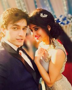 Cute & Lovely Couple Dps for Whatsapp & FB - 2020 Couple Dps, Couple Posing, Couple Shoot, Couple Pictures, Girly Pictures, Cute Love Couple, Sweet Couple, Beautiful Couple, Tv Couples