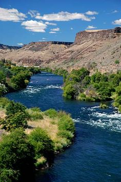 The Deschutes River at Maupin.