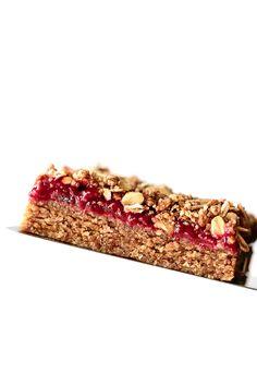 No-Bake Almond Butter & Strawberry Jam Breakfast Bars | Vegan, Gluten-Free, Refined-Sugar-Free