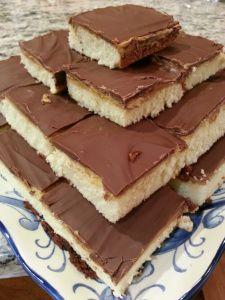 Peanut Butter Tandy Cake Cupcakes