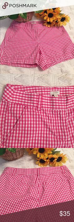 J. Crew shorts Super cute pink and white 💯% cotton shorts.  They are pocketed on both sides in the front and back. J. Crew Shorts