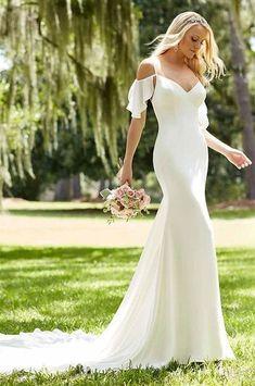 20 Flirty Cold Shoulder Wedding Dresses   HappyWedd.com #WeddingDressesOfftheShoulder