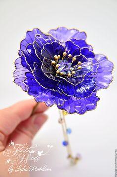 Купить Палочка для волос. Кандзаши. Анемона в стекловидной технике. - фиолетовый, свадебное украшение, шпилька для волос