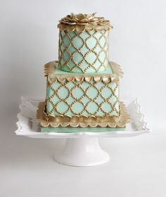 Pretty Gold & Green Mint Wedding Cake