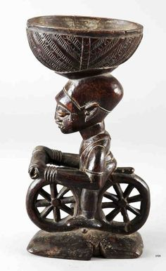 Africa | Ritual vessel ~ 'agere-ifa' ~  from the Yoruba people of Nigeria | Wood