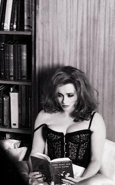 "Helena Bonham Carter in Rufus Wainwright music clip ""out of the game"" Helena Bonham Carter, Helen Bonham, Helena Carter, Pretty People, Beautiful People, Beautiful Women, Marla Singer, Bellatrix Lestrange, Celebs"
