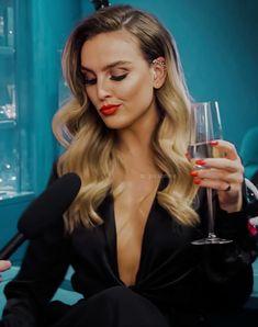 Little Mix Outfits, Little Mix Girls, Little Mix Jesy, Little Mix Perrie Edwards, Pierre Edwards, Little Mix Photoshoot, Jessy Nelson, Litte Mix, Celebrity Singers