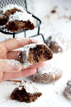 Pierniczki - miękkie i puszyste Ginger cookies Sweet Recipes, Cake Recipes, Dessert Recipes, Delicious Desserts, Yummy Food, Ginger Cookies, Food Festival, Holiday Desserts, Vegan Chocolate