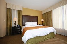 Suite, 1 King Bed, Jetted Tub (24 hour cancellation) - Guestroom