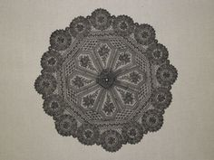 Chantilly bobbin lace parasol cover; ca. mid-19th century. | In the Swan's Shadow
