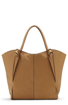 2016 new style Coach handbags store, Simple a elegant, The most popular bags, Lowest Price! Coach Handbags Outlet, Coach Purses, Tote Handbags, Purses And Handbags, Coach Bags, Leather Accessories, Handbag Accessories, Mens Canvas Messenger Bag, Handbag Stores