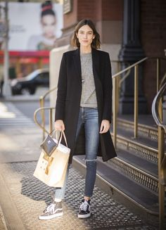 alexa chung style best outfits - Page 34 of 100 - Celebrity Style and Fashion Trends Look Fashion, Street Fashion, Runway Fashion, Fashion Brand, Fashion 2016, Fashion Heels, Japan Fashion, Fashion Boots, Fashion Dresses